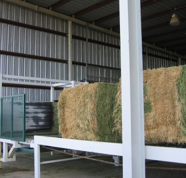 Big Square Bale Slicing and De-Stacking